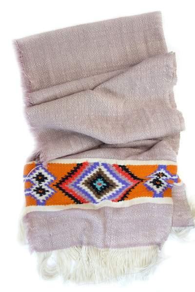 Rosa Schal aus Yakwolle