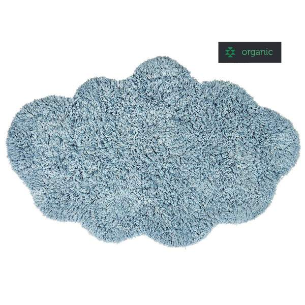 Nachhaltiger Teppich in blau namens CLOUD von liv interior