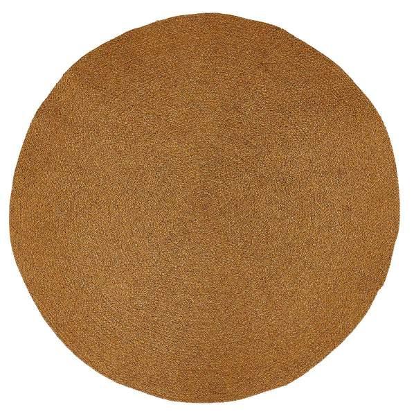 Nachhaltiger under Teppich in natürlicher Farbe von liv interior