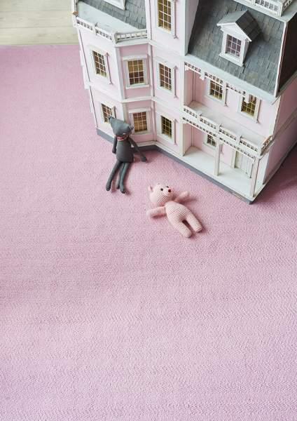rosa teppich für das kinderzimmer